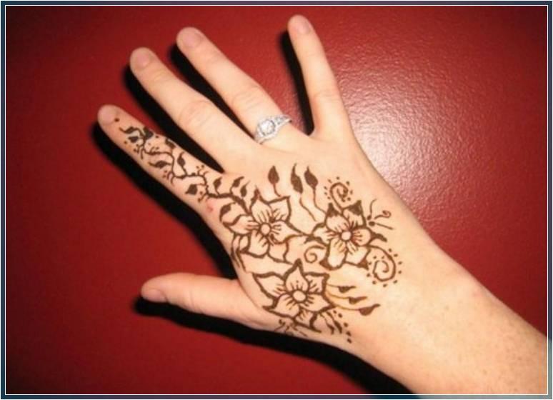 Gambar Henna Simple Mudah Ditiru Terbaru Bingkaigambar Com