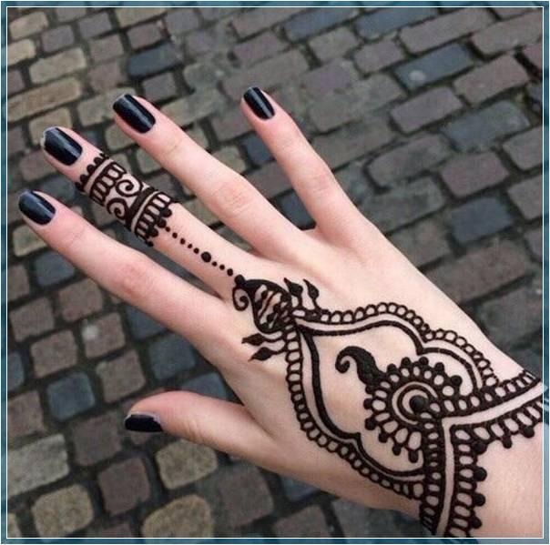 Gambar Henna Tangan Sederhana Terbaru Bingkaigambar Com