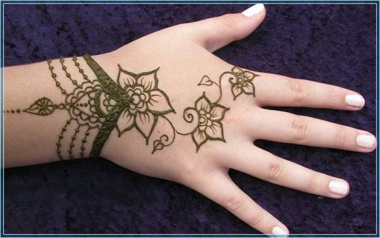 Gambar Henna Yang Paling Simple Terbaru