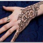 contoh henna di lengan