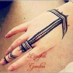 gambar henna bentuk gelang dan cincin