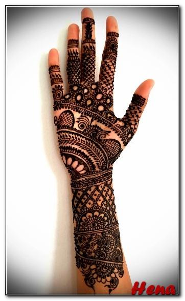 gambar henna tangan warna coklat
