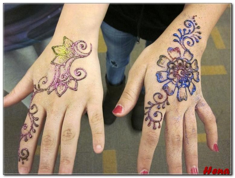 gambar henna tangan warna warni