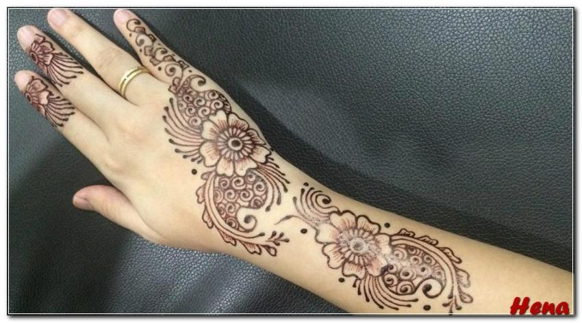 henna di lengan tangan