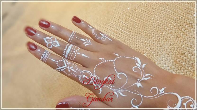 henna motif cincin