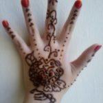 gambar henna di kuku