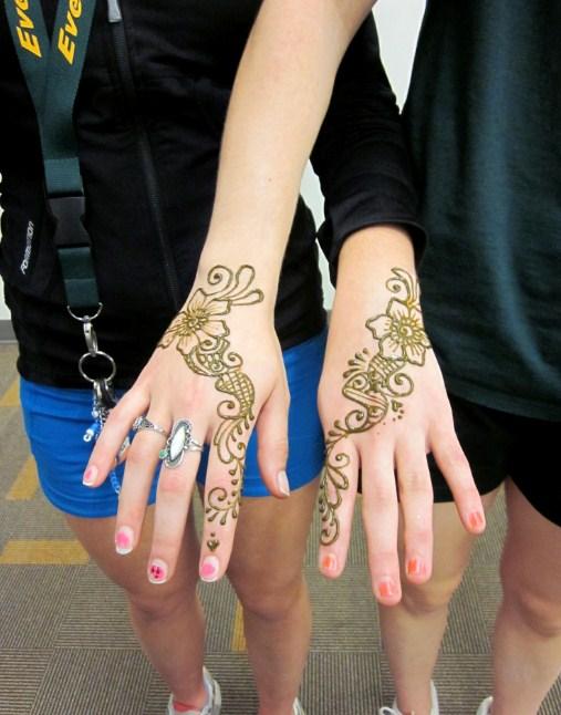 gambar henna untuk kuku