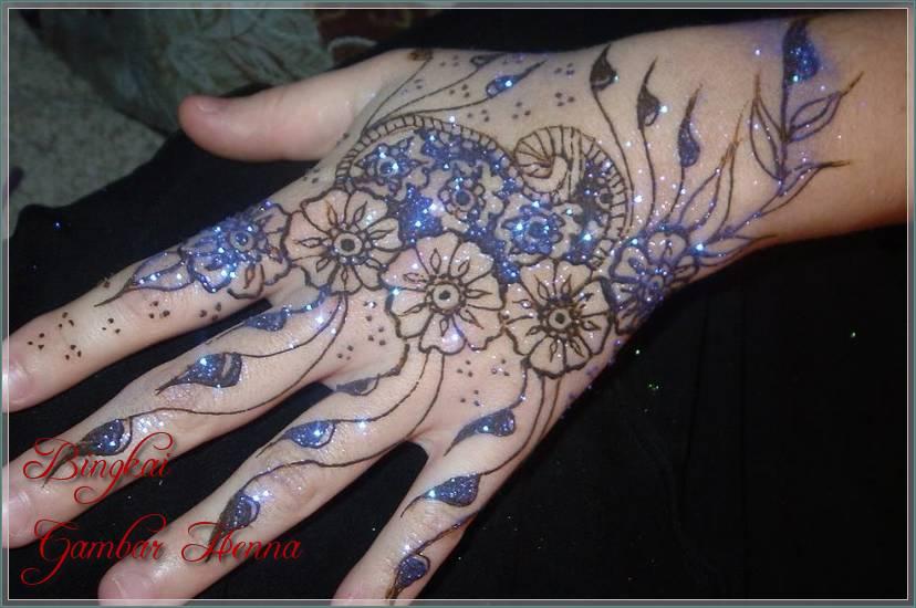 gambar henna warna biru