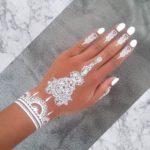 henna putih kuku