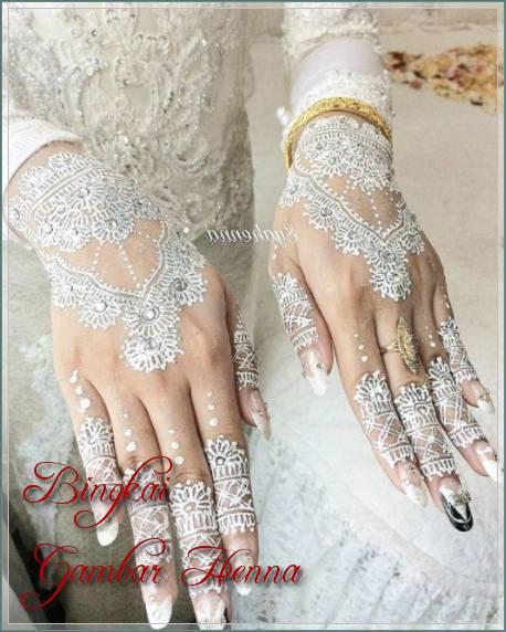 model henna tangan warna putih