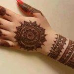 motif henna pada kuku