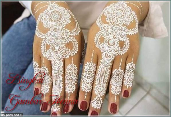 motif henna warna putih