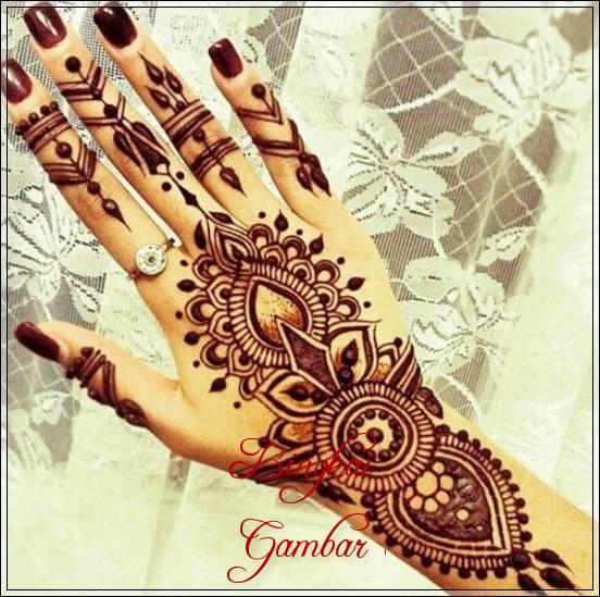 Contoh Gambar Henna Pengantin Di Tangan Bingkaigambar Com