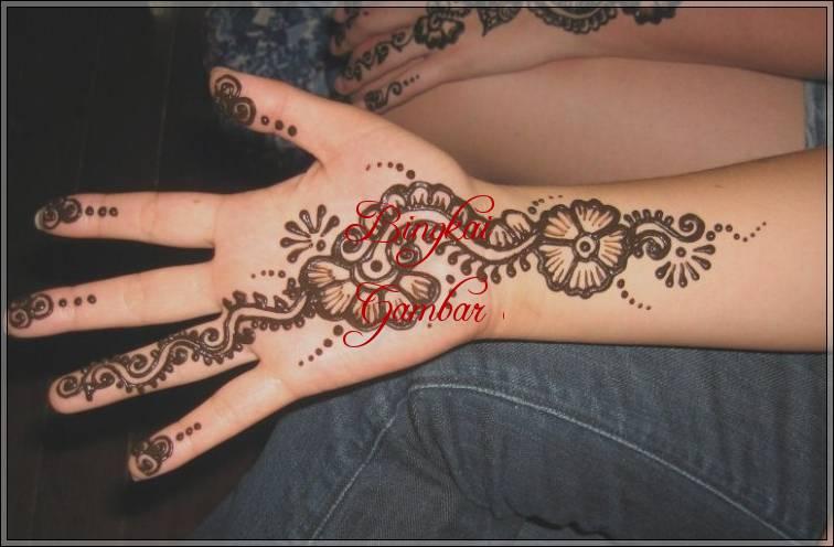 Contoh Henna Bunga Simple Bingkaigambar Com