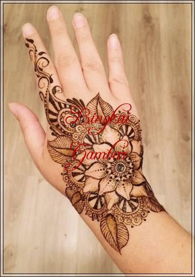 gambar henna bunga bunga