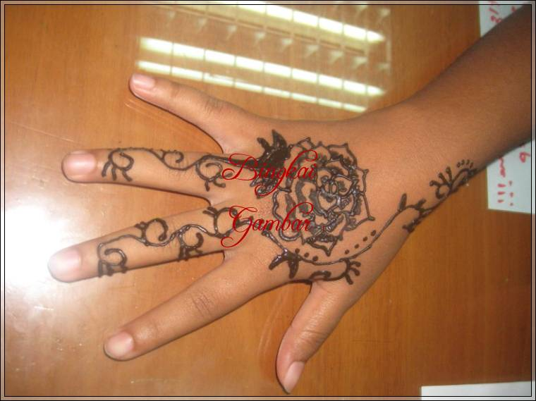 gambar henna bunga mawar