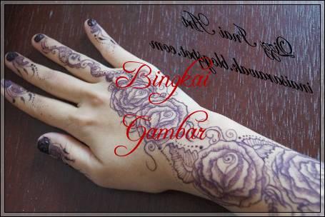 gambar henna bunga simple