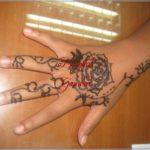 gambar henna motif bunga sederhana