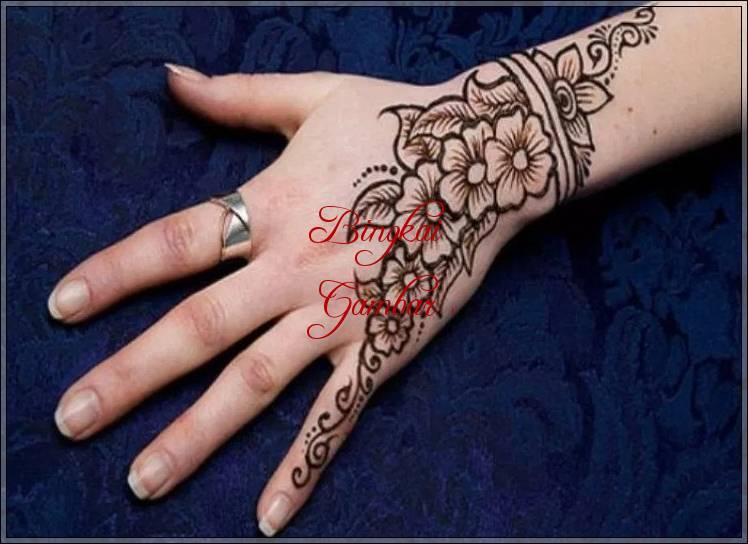 40 Gambar Henna Bunga Paling Cantik Bingkaigambar Com