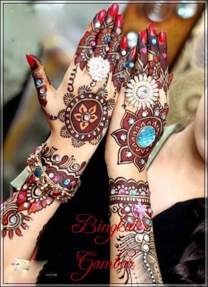 henna pengantin berwarna